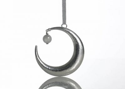 Moon rattle for the baby's crib Stone
