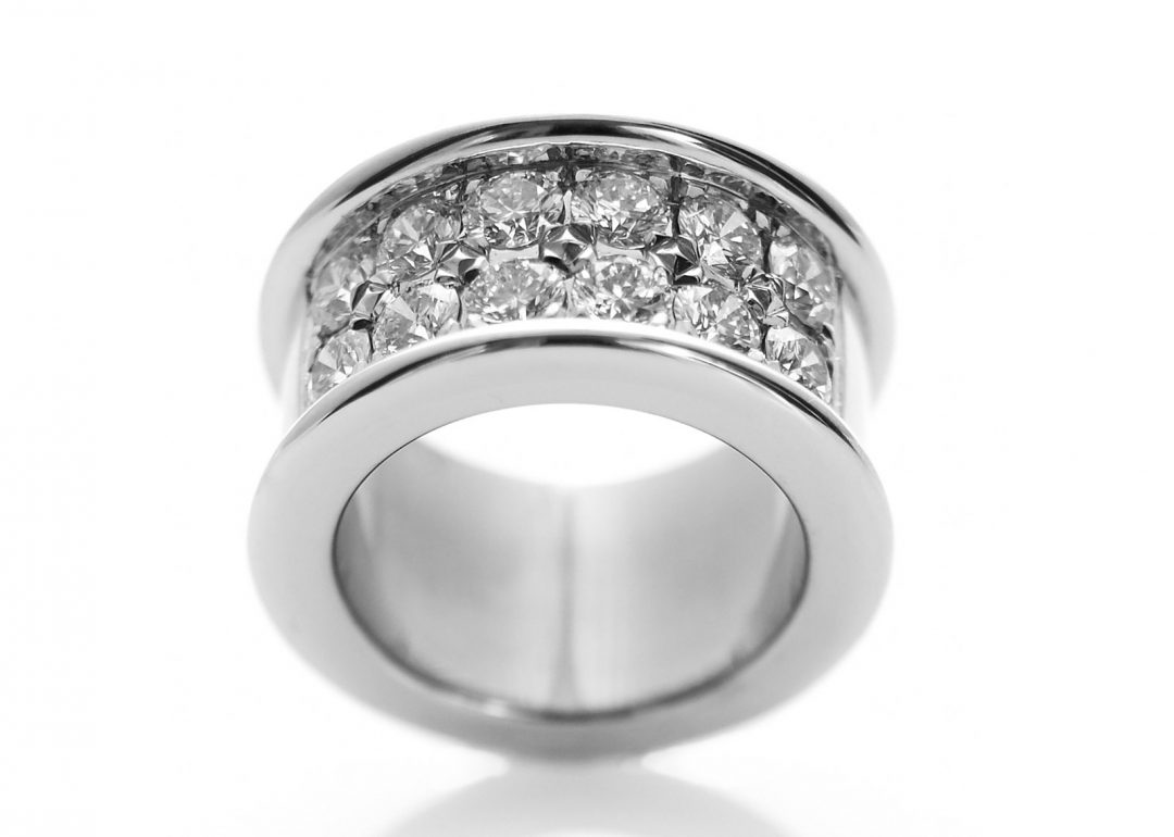 Side-By-Side Ring
