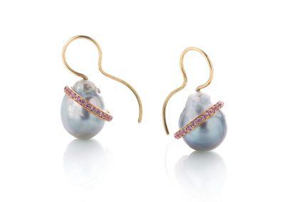 Deco Dive Earrings