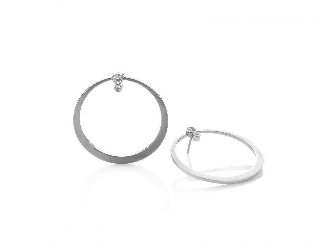 Miss Globulus Earrings
